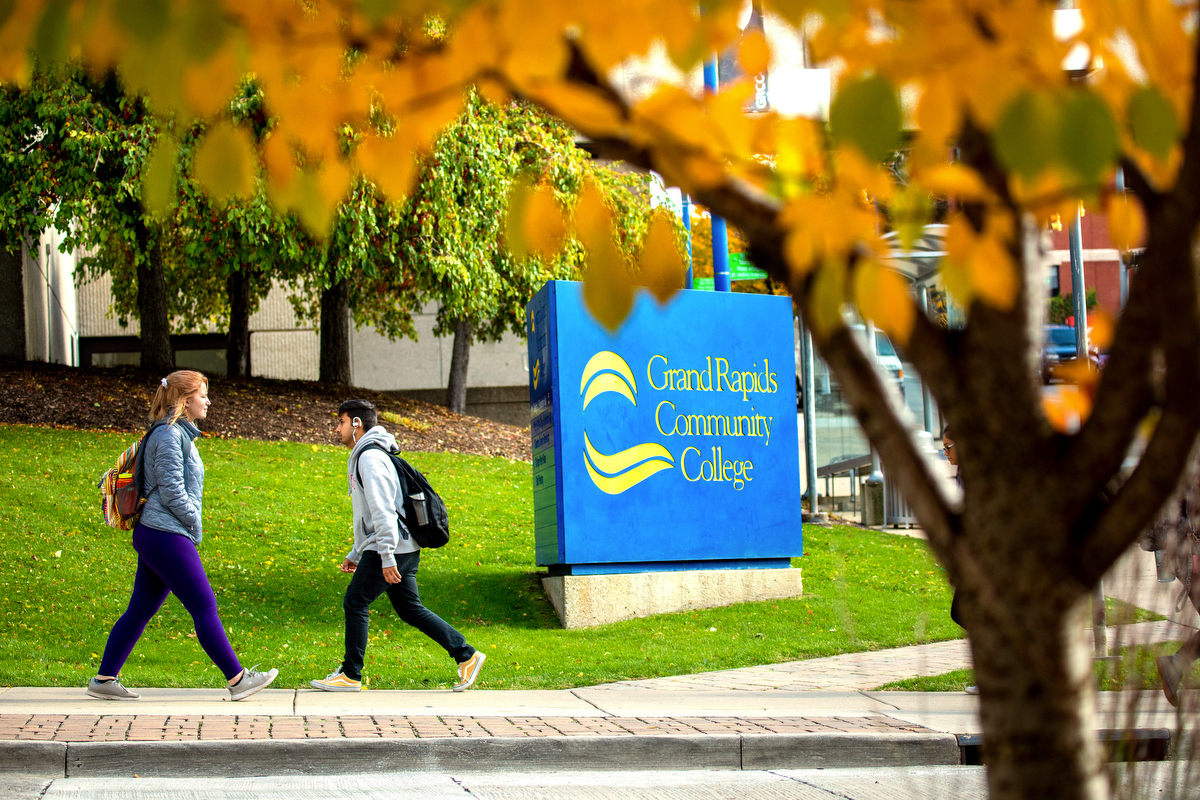Grand Rapids Community College-Students walking on Main Campus